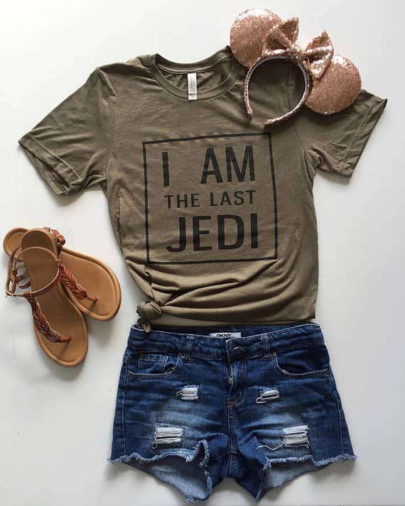 This shirt makes a great Star Wars gift for her