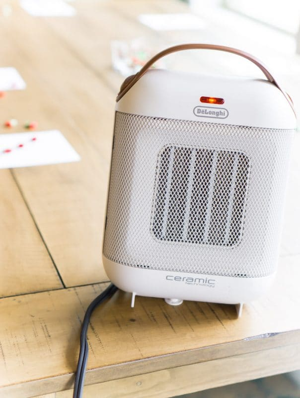 Cute De'Longhi capsule heater with bingo cards