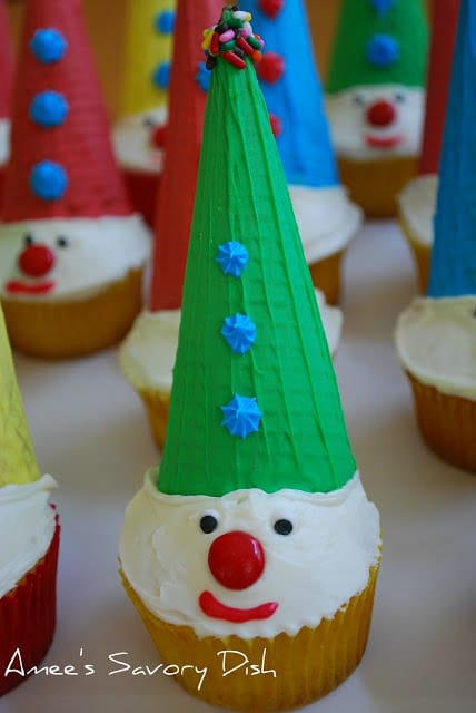 Clown cupcakes make cute circus party ideas