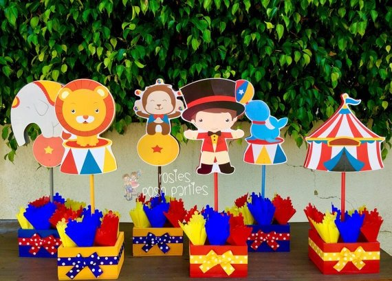 Cute circus party centerpieces you can make