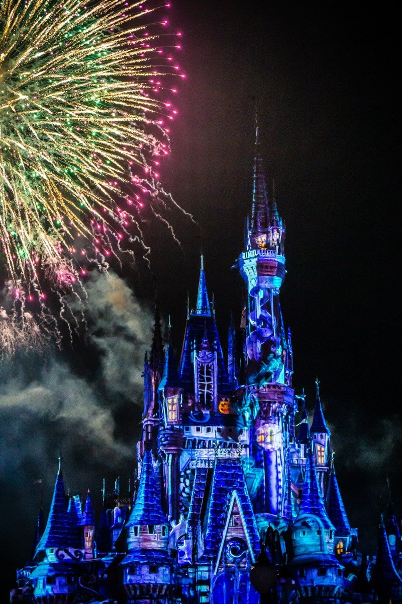 Mickey's Not So Scary Halloween Party fireworks