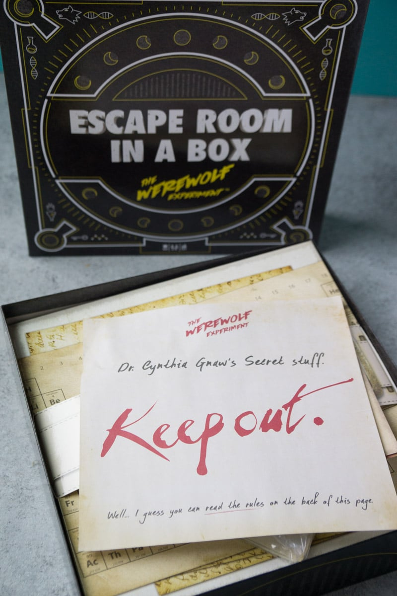 Instructions from the best escape room board game