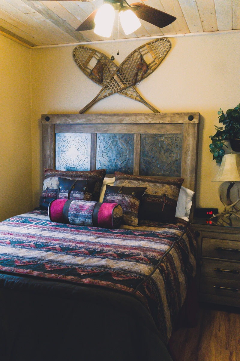 Bedroom of Elk Run Ruidoso cabins