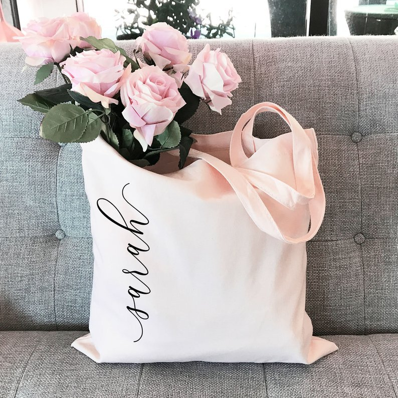 Personalized bridesmaid gift ideas like a tote