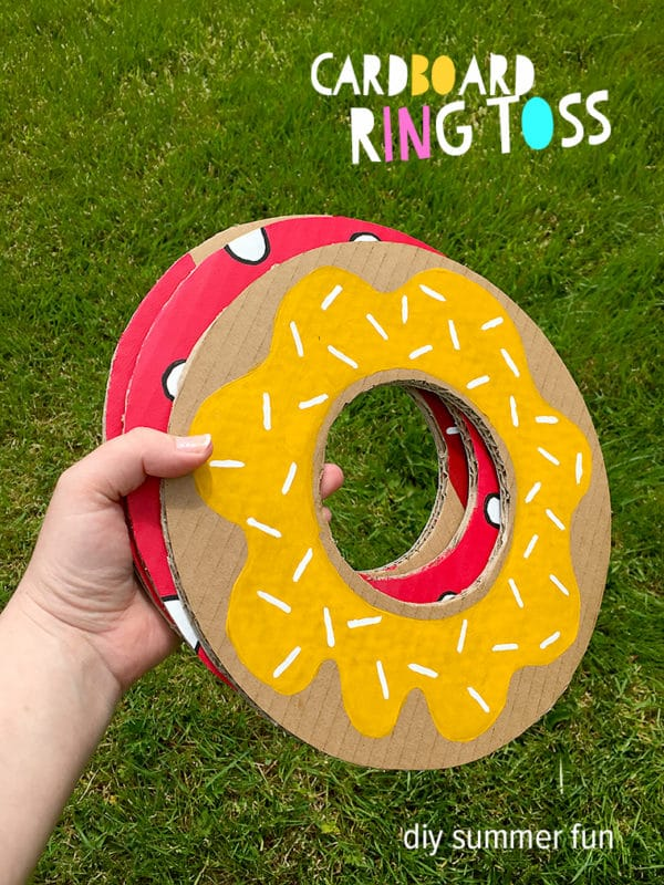 Donut party ring toss game