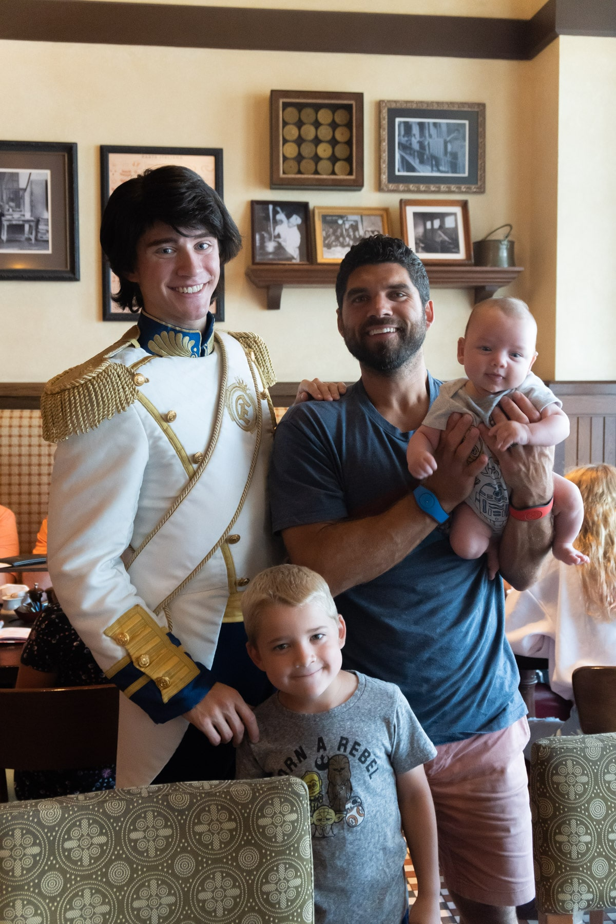 Family with Prince Eric at Trattoria al Forno