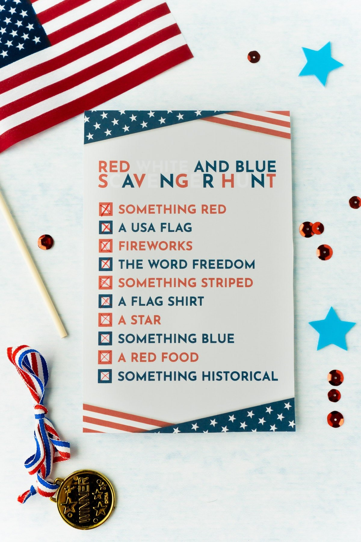 One 4th of July scavenger hunt checklist with an American flag