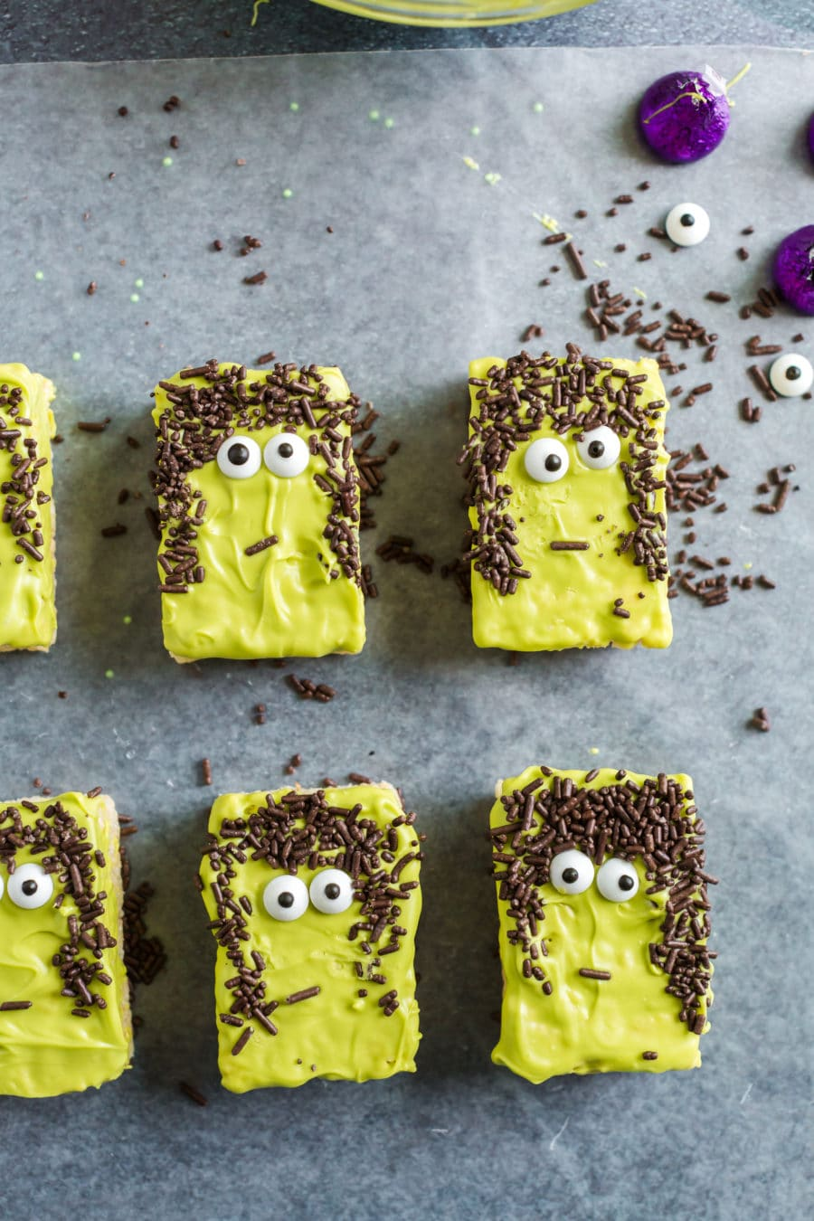 Halloween rice krispie treats with hair