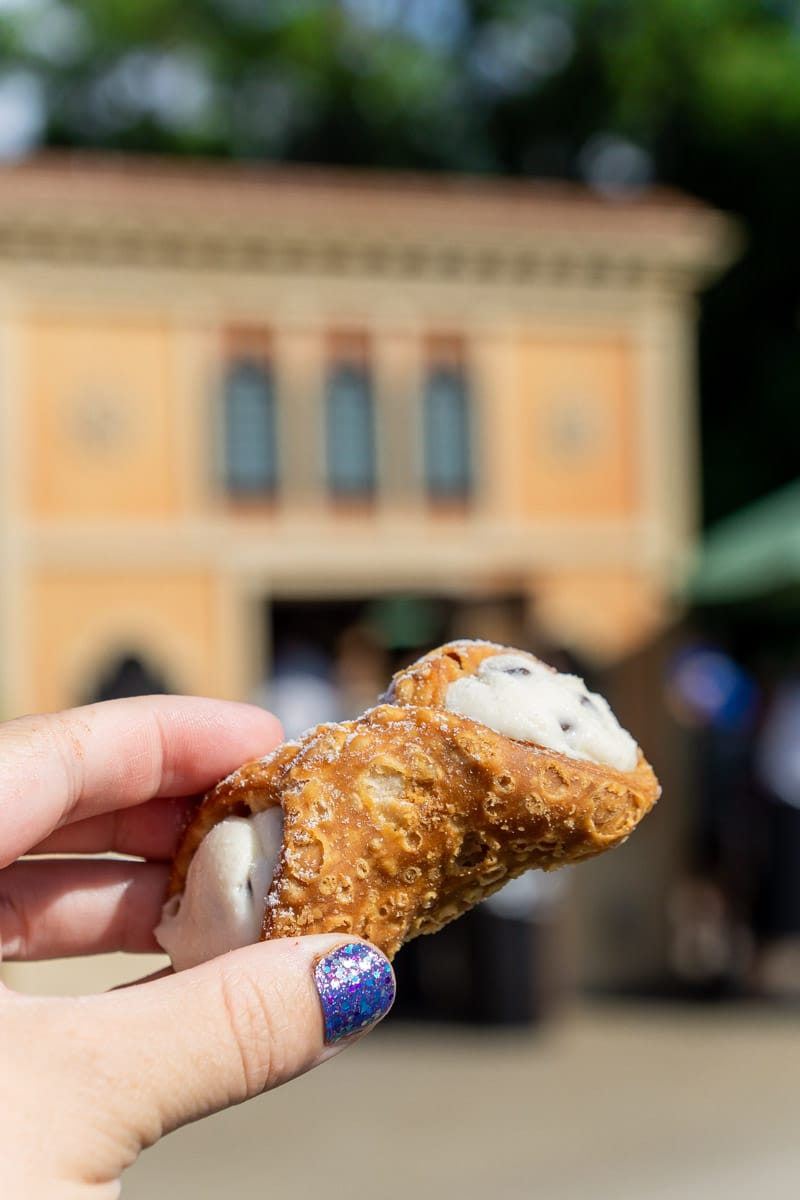 Cannoli from Italy during food and wine