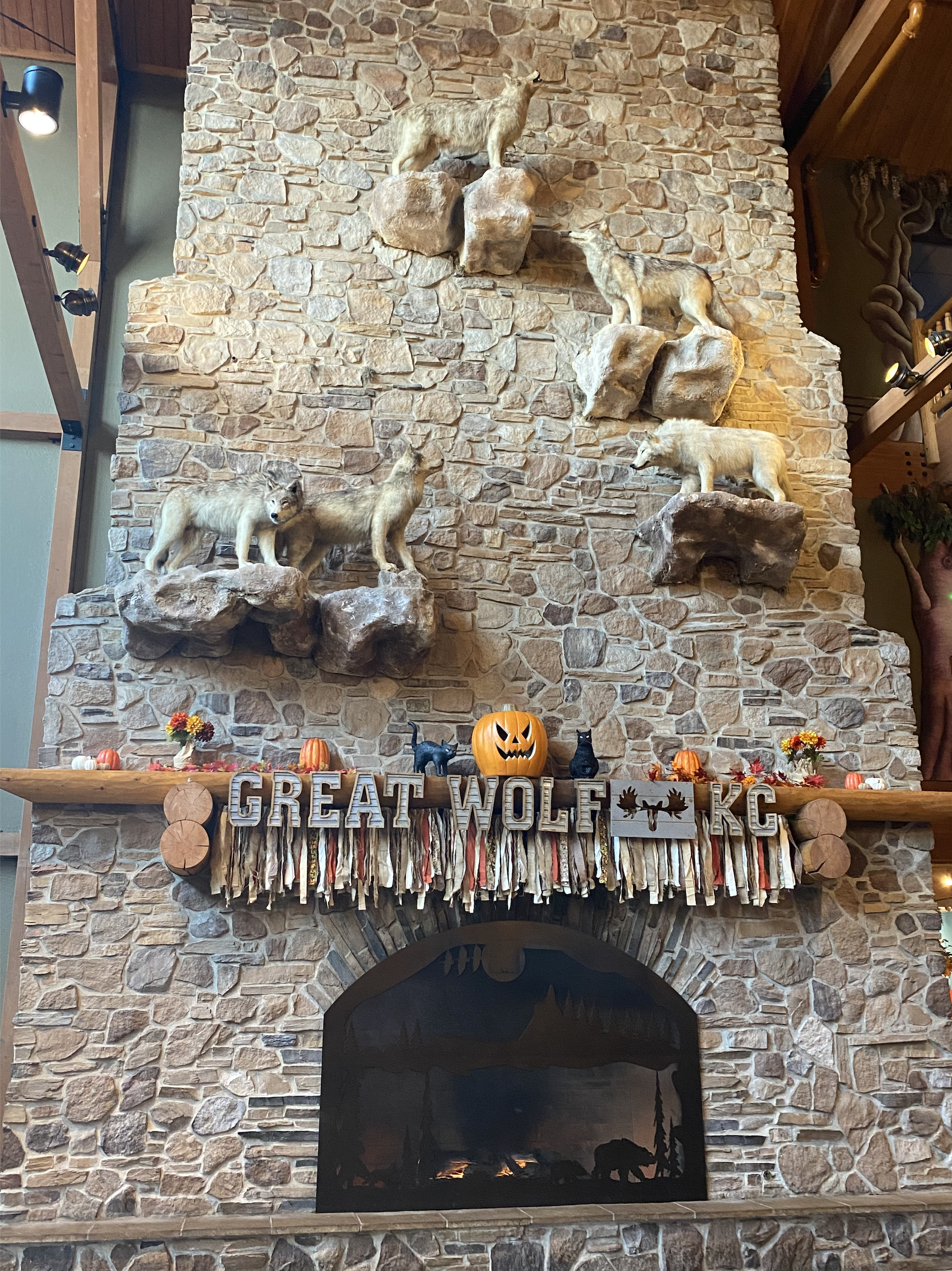 pumpkins on a mantle at Great Wolf Lodge