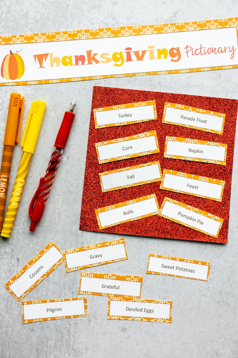 Easy Thanksgiving Pictionary Game (FREE Printable) - Play ...