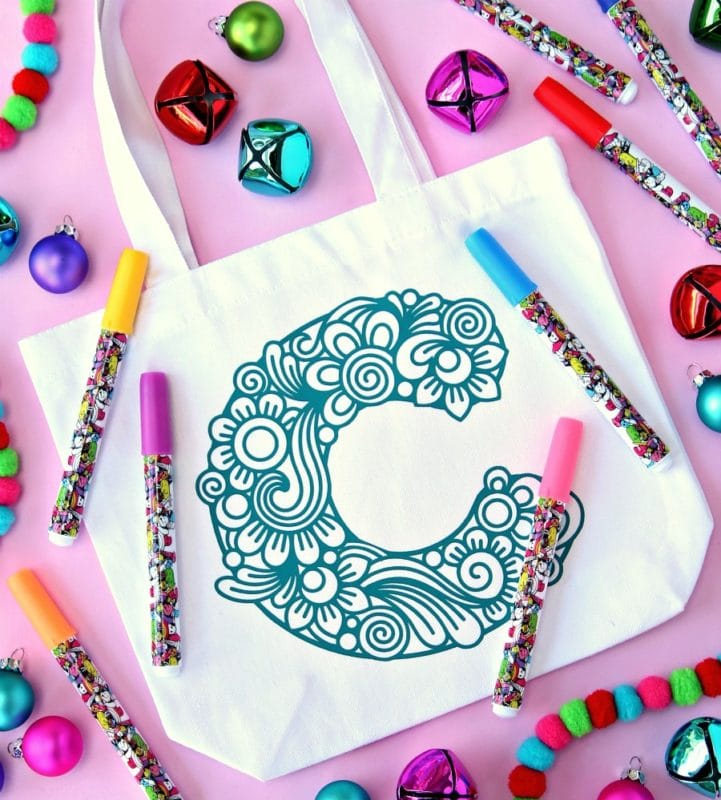 A coloring bag makes one of the best gifts for kids