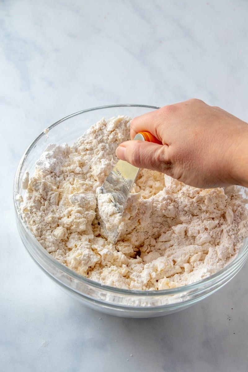 Mixing crust for pecan pie bars