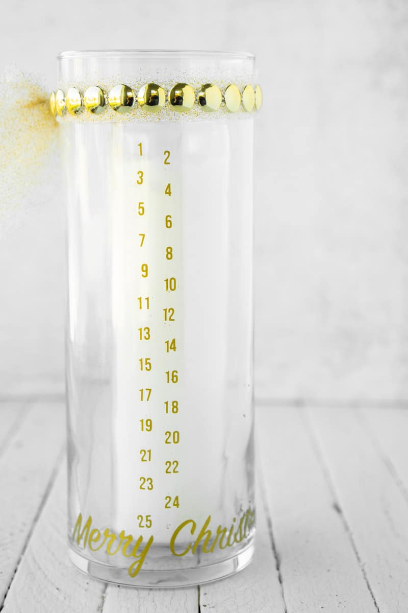 DIY Christmas countdown candle