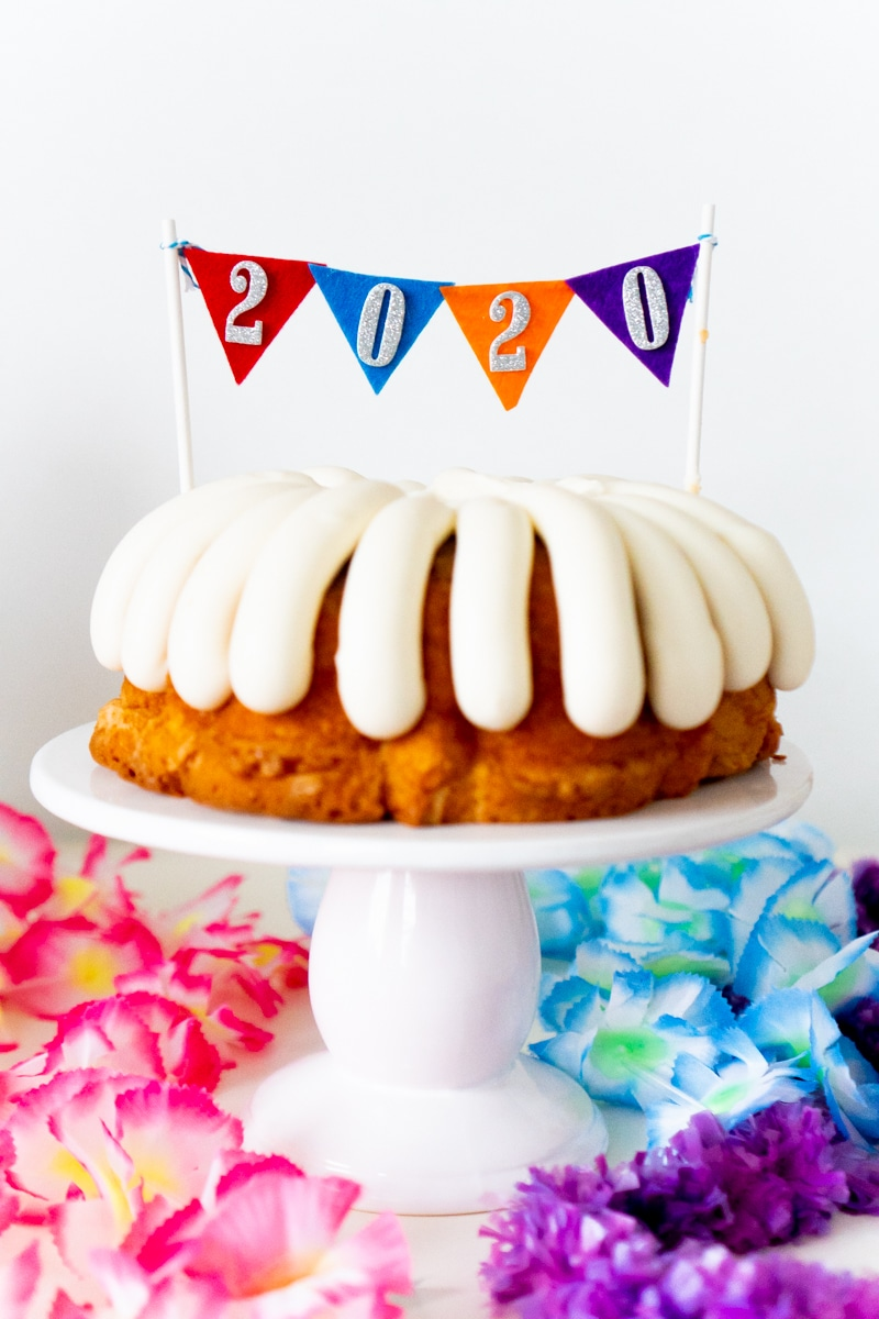 Bundt cakes make great ring in the new year party ideas