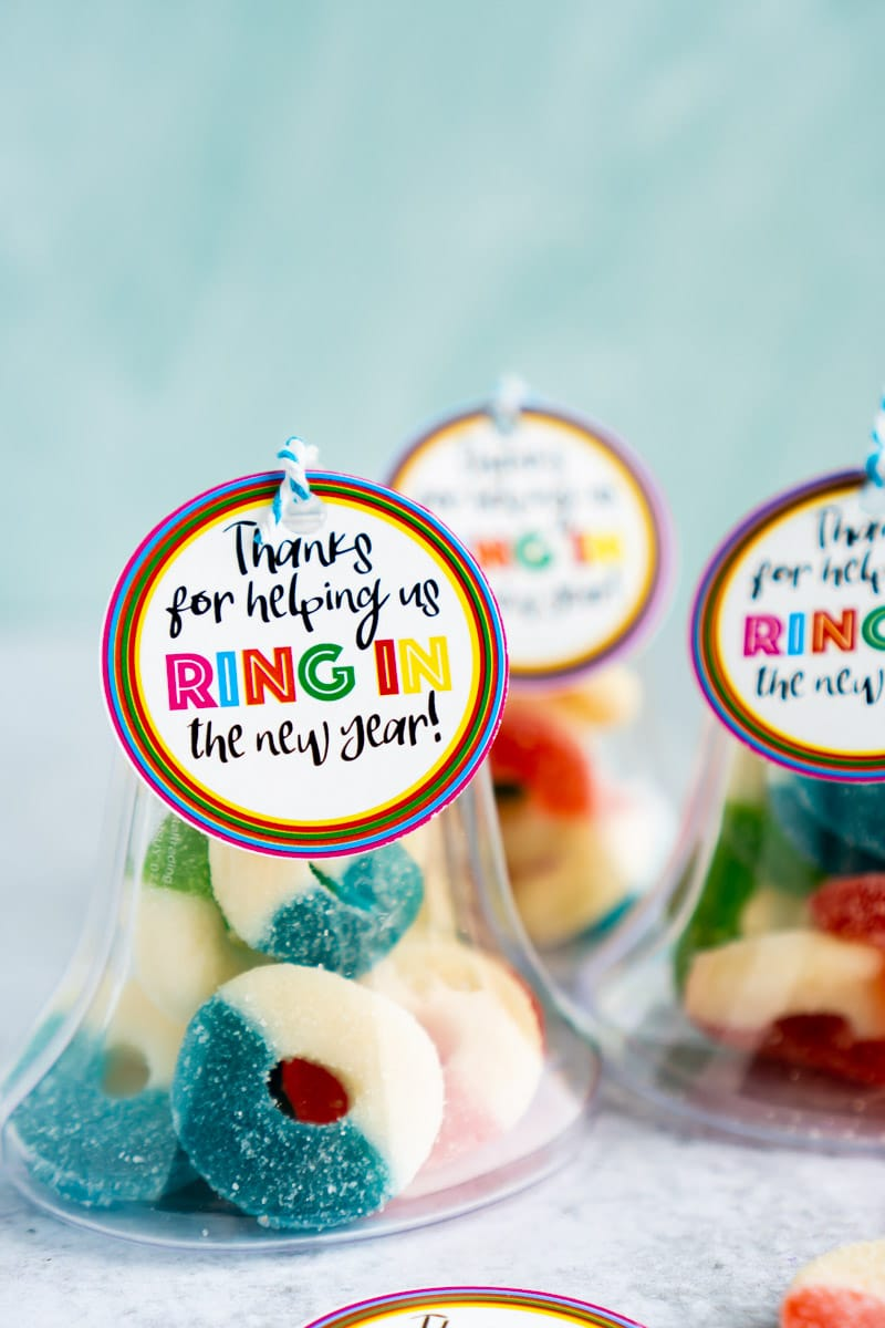 ring in the new year party favors