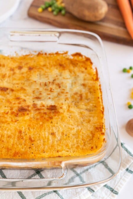 Shepherd's pie with browned potatoes on top
