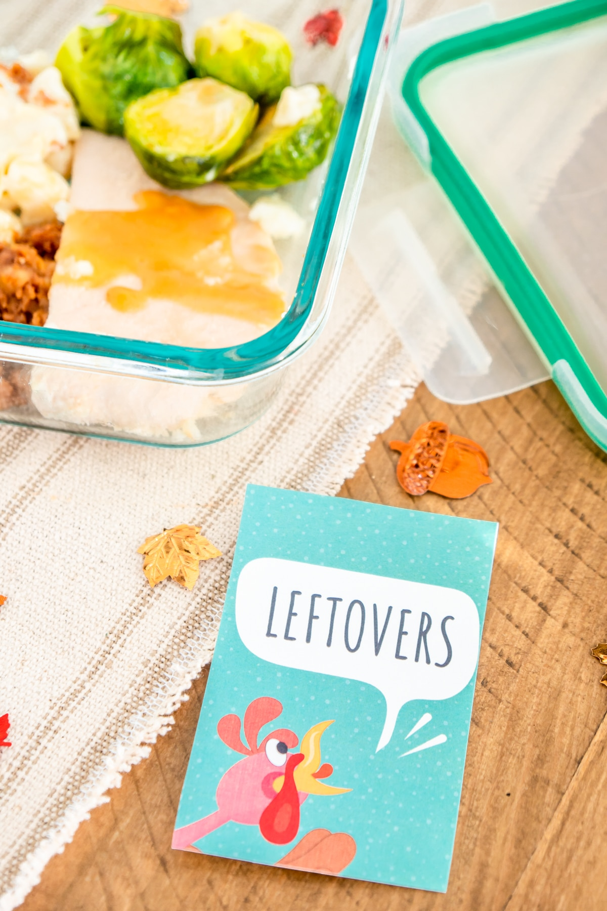 Thanksgiving Leftovers gift tag with a plastic storage container