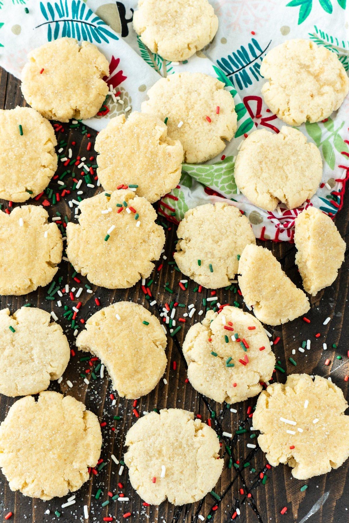 orange sugar cookies with sprinkles