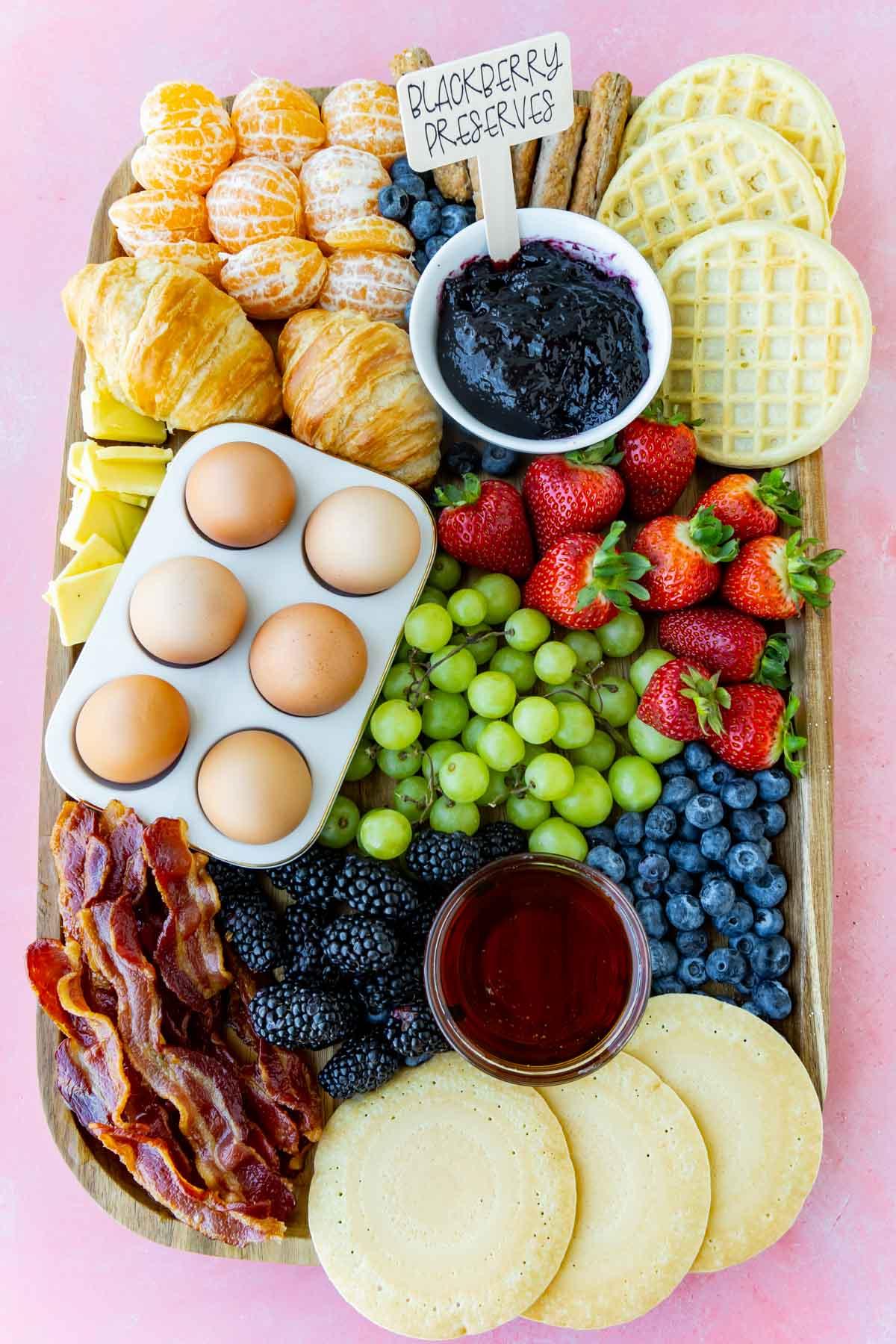 Breakfast charcuterie board with meats