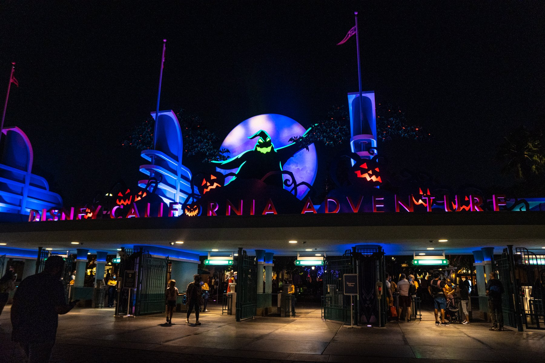 Oogie Boogie on the entrance of California Adventure