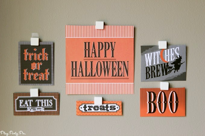 Halloween gallery wall party decoration idea